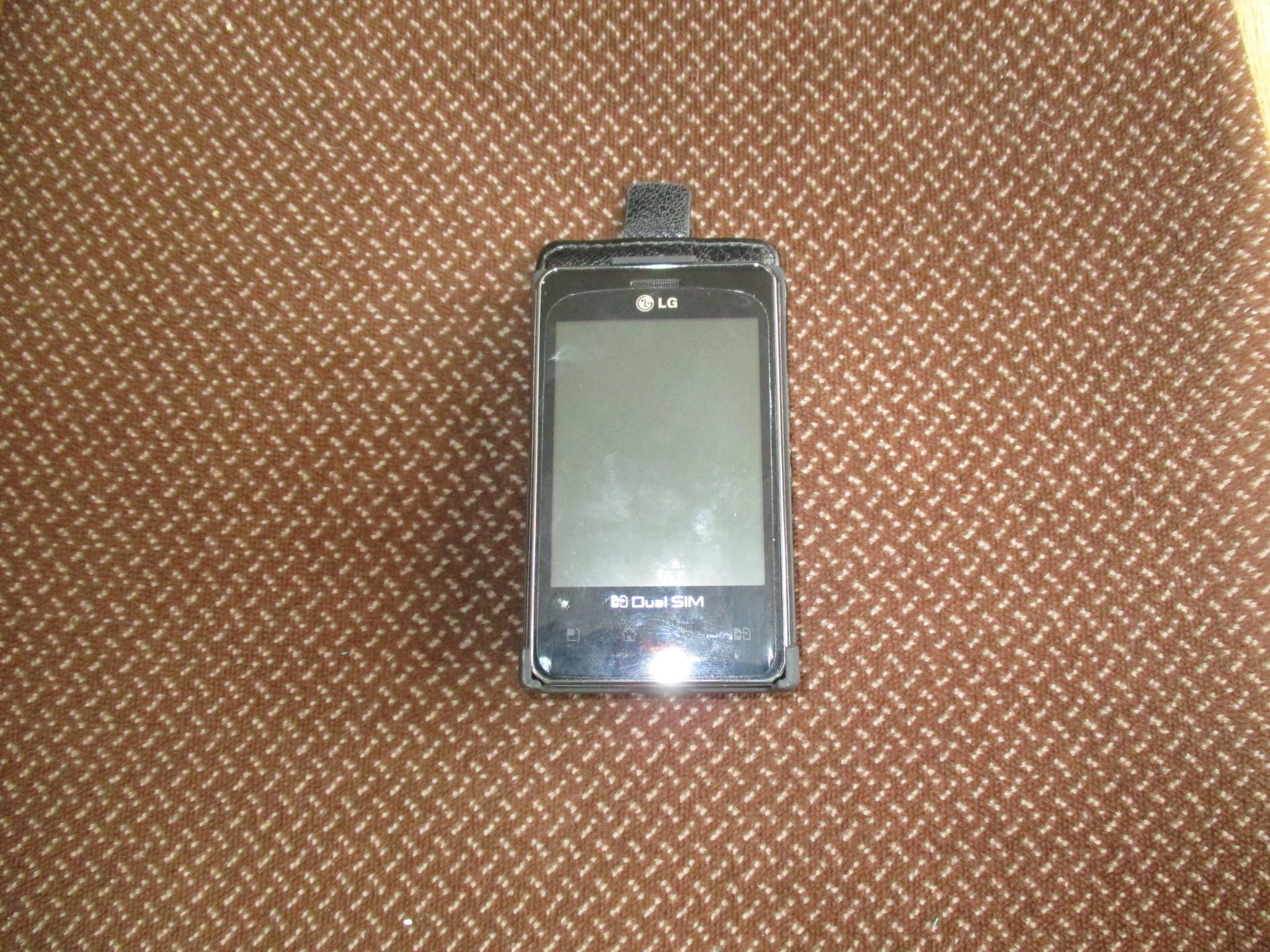 мобільний телефон «LG»