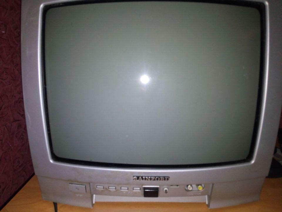 Телевізор Reinford TV3705C