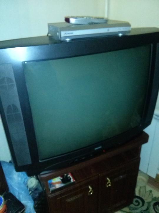 Телевізор OPIOН