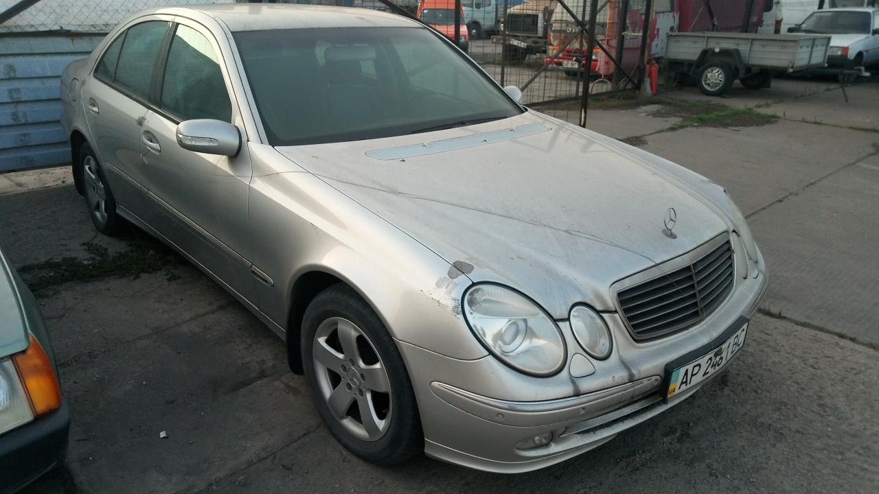 Легковий автомобіль MERCEDES-BENZ Е 320, державний номер АР2461ВС, 2004 року випуску, сірого кольору, кузов (шасі, рама) №WDB2110821X170562 (Y6D2110824X170562)