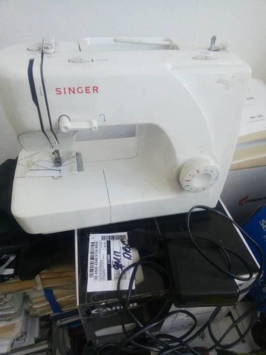 Швейна машинка марки