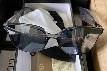 Сонцезахисні окуляри з маркуванням «GUCCI» без додаткових маркувань, загальною кількістю 99 шт.