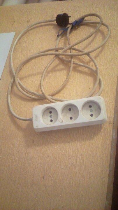 Подовжувач електиричний