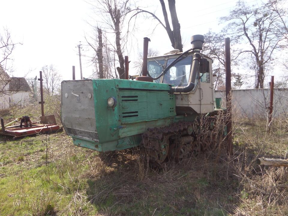 Трактор гусеничний Т-50, рік випуску 1990, колір бежевий, № шасі (ідентифікаційний номер) 178032, ДНЗ 01139АВ
