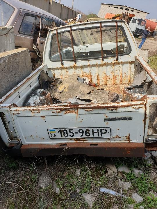 Легковий автомобіль марки ЗАЗ, модель 1105, державний номер 18596НР, 1994 року випуску, білого кольору, шасі (кузов, рама) №XTE110550R004315