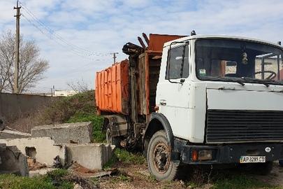 Вантажний автомобіль МАЗ, модель 5337 КО 435 01, державний номер АР8289СВ, 2003 року випуску, сірого кольору, шасі (кузов, рама) №Y3M53370230001734