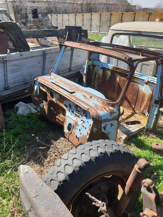 Металобрухт від автомобіля ГАЗ-53А вагою 1190 кг