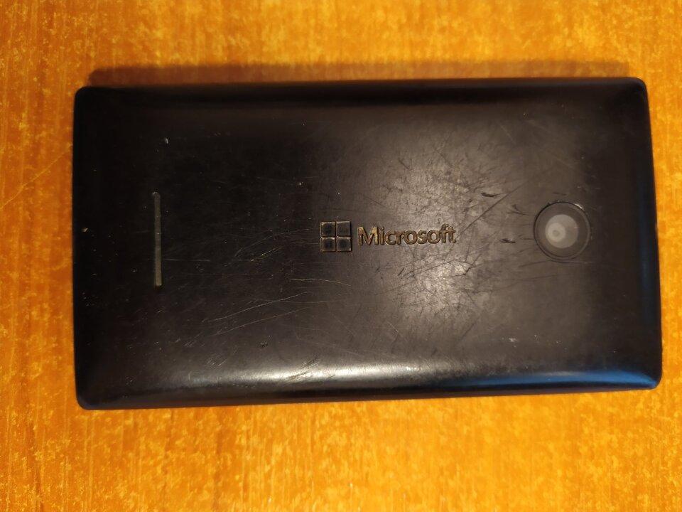 Мобільний телефон Microsoft