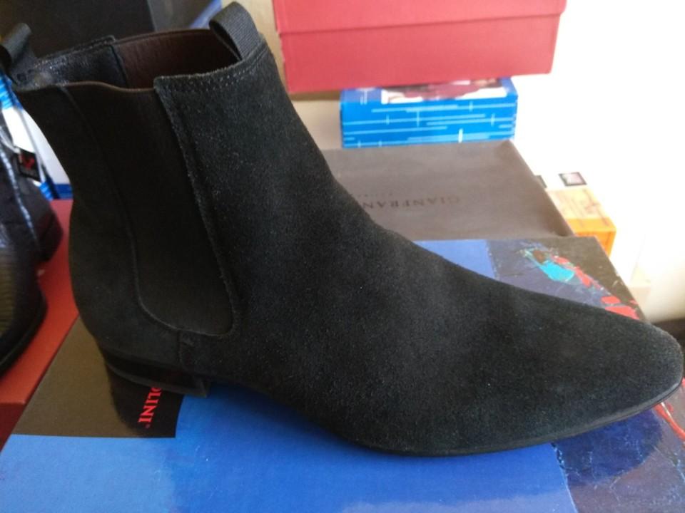 Міжсезонне  чоловіче взуття, чорного кольору, 43 розміру