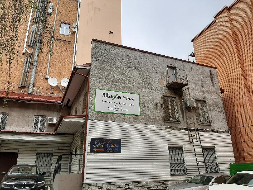 ІПОТЕКА: Нежила будівля, загальною площею 106,0 кв.м., за адресою: м. Київ, бульвар Тараса Шевченка 4В