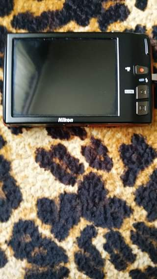 Фотоапарат марки NIKON 14,0 мега-пікселів