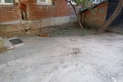 1/2 частки нежитлового приміщення підвалу №№XXXXX-1-:-XXXXX-4 в літ. «В-2», загальною площею 131,8 кв.м, розташовані за адресою: м. Харків, вул. Кооперативна, буд. 22