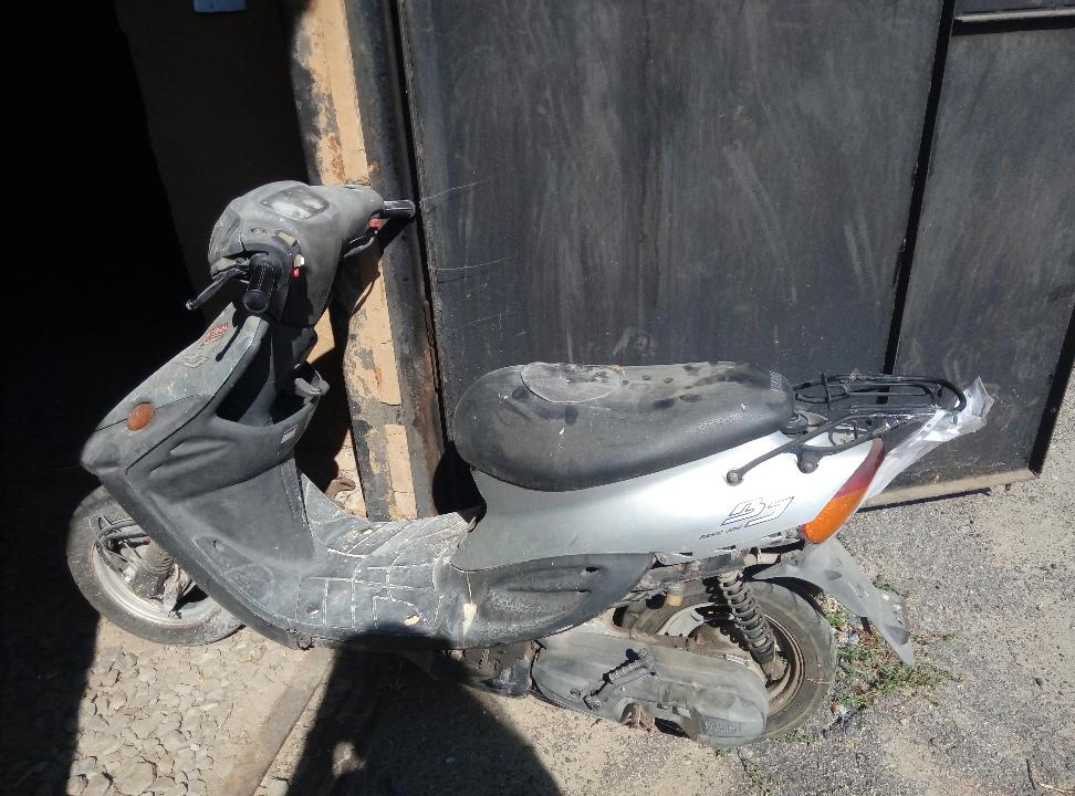 Транспортний засіб - мопед Yamaha, 2000 року випуску, ідентифікаційний номер (VIN) SA24J-103618