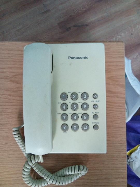 Стаціонарний телефон Panasonik, модель КХ TS, серійний №8ААМС316217, білого кольору, б/к, робочий стан не перевірявся
