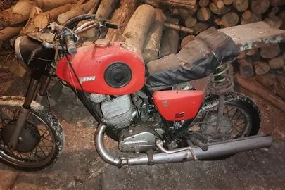Мотоцикл Восход-3М, червоного кольору, номер рами Л07091, ДНЗ 5561ЖИЛ