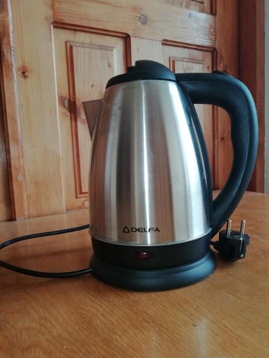 Електричний чайник DELFA DKC-18D