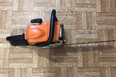 "Бензопила ""STIHL"" МS180 №РА66-GF оранжевого кольору"