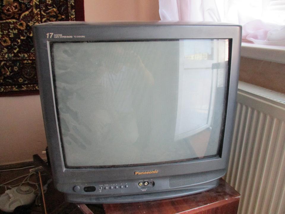 Телевізор Panasonic, модель ТС - 21S10R2, серійний № МЕ6410905, чорного кольору, Б/К, робочий стан не перевірявся
