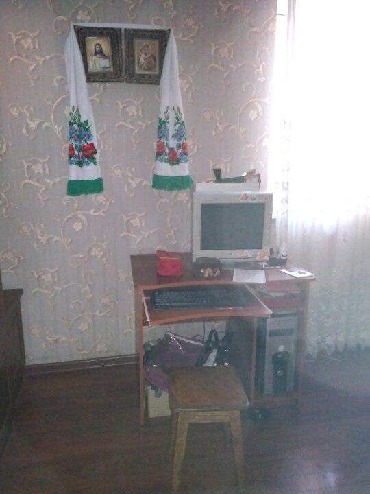 Стаціонарний комп'ютер (системний блок, монітор, клавіатура)