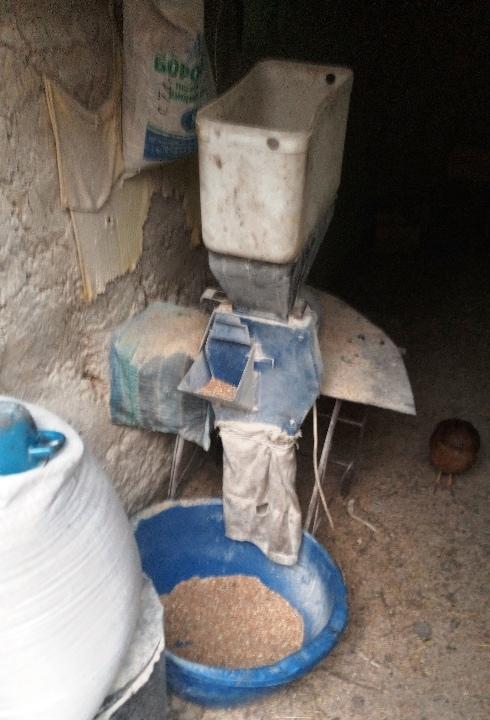 ДКУ (установка для перемелювання зернових) у кількості 1 штука