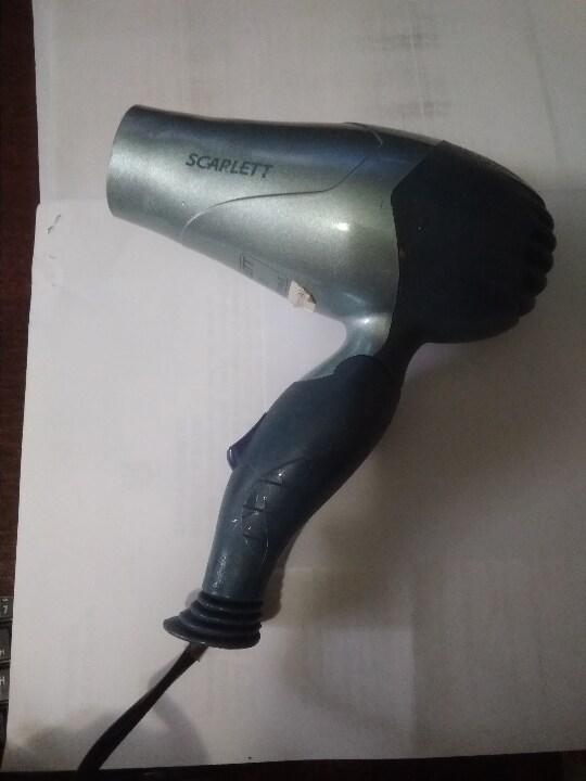 Фен фірми SCARLETT model SC-076
