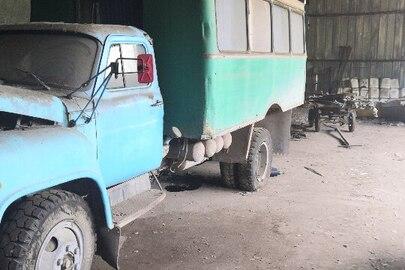 Вантажопасажирський автомобіль марки ГАЗ модель 5319 СПГ, синього кольору, 1990 р.в., VIN: XTH531200L1278851, ДНЗ: 17304 ЕВ