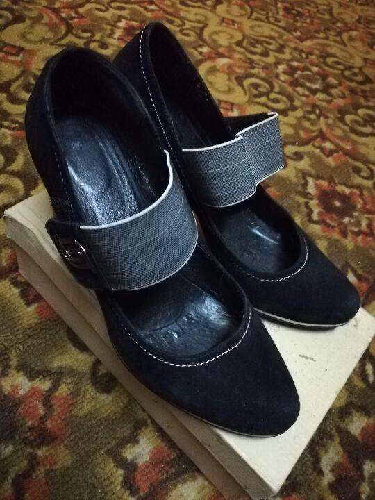 Туфлі жіночі, розмір - 39