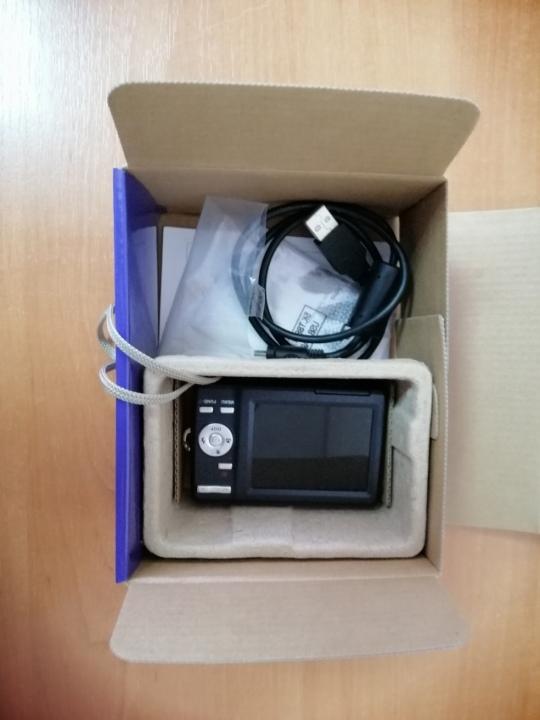 Цифровий фотоапарат BenQ DC C1430 Digital Camera 17 Мп