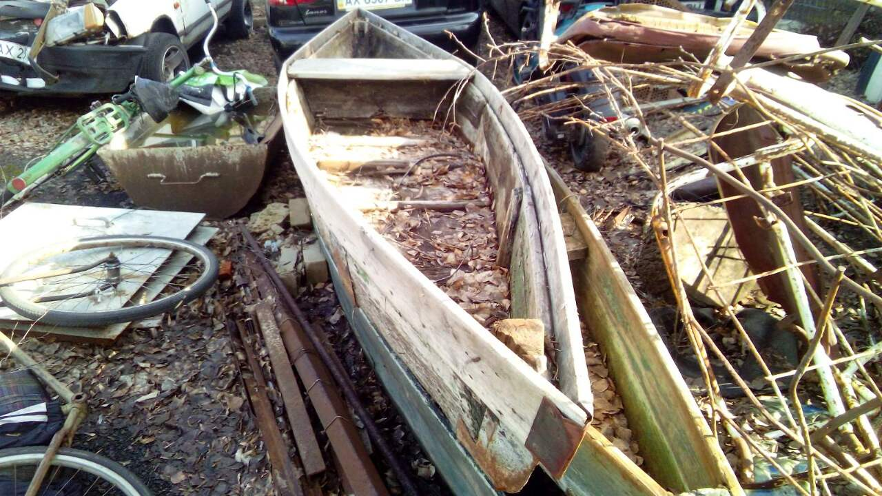 Човен дерев`янний саморобний