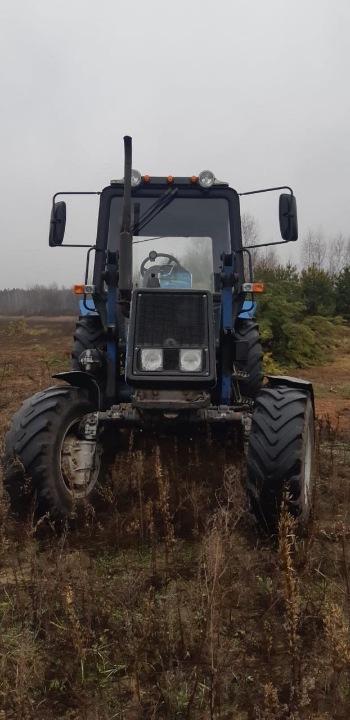 Трактор БЕЛАРУС-892 з комплектом ЗІП, 2017 року випуску, реєстраційний номер 25884СВ, заводський № 90833744, двигун № 972537