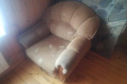 Крісла м'які в кількості 2 штуки