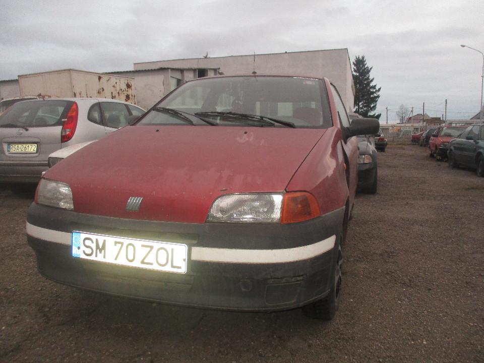 Т/З марки FIAT, модель PUNTO 1.1, 1997 року випуску, реєстраційний номерний знак Румунії SM 70 ZOL, кузов № ZFA17600004386183, червоного кольору