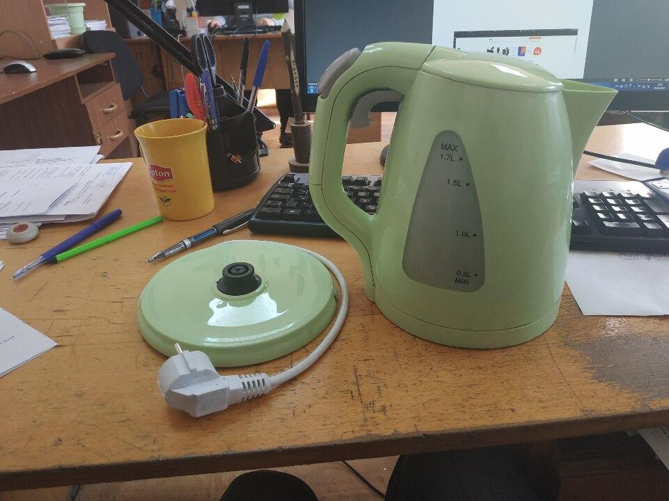 Електричний чайник Maestro MR-033