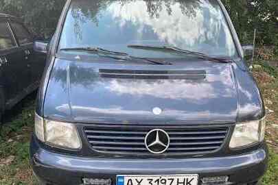 Транспортний засіб марки МЕRСЕDЕS-BENZ, модель V 220 СDI, номер шасі (кузова рами) WDF63829413524557, реєстраційний номер АХ3197НК, 2003 року випуску