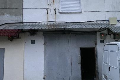 "Гараж №42, блок №20, загальною площею 77,7 кв.м, за адресою: м.Київ, ""Захисник"" гаражно-будівельний кооператив (Дарницький р-н), адреса ГК: вулиця Поліська 7"