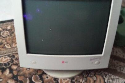Комп'ютерний монітор LG StudioWorks 57T5