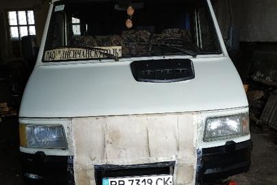 Автобус: IVECO 35.12D (пасажирський), 1998 р.в., білого кольору, ДНЗ ВВ7319СК, номер шасі : ZCFC3580105153101