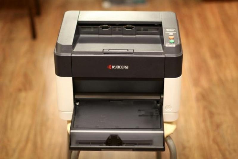 Принтер KYOCER, модель FS-1040, колір чорно-сірий, б/в