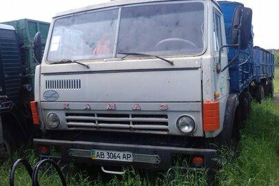 Вантажний автомобіль КАМАЗ 5320, Бортовий -С 1985року випуску,реєстраційний номер АВ3064АР,номер кузова70700143G