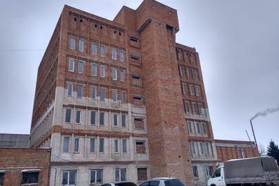 Незавершене будівництвом , адміністративно - побутовий корпус з матеріальним складом , за адресою: Тернопільська область,  м.Тернопіль, вул. Поліська 11, готовністю 82%