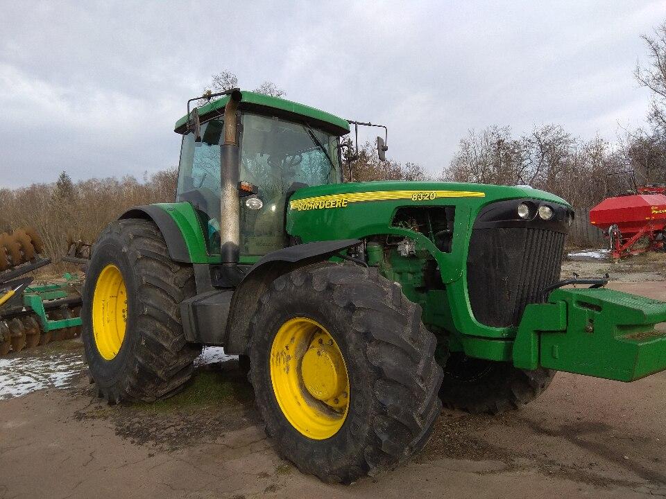 Трактор колісний JOHN DEERE 8320, 2003 р.в., номер шасі RW8320P013028/RG6081H223195, днз 15475АМ