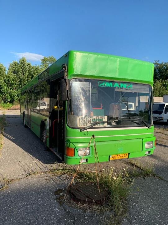 Автобус MAN NL 222, 1997 року випуску, зеленого кольору, ДНЗ: АХ0776АА, VIN: WMAA103313B016121