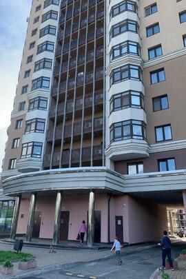 ІПОТЕКА: трикімнатна квартира, загальною площею 98,2 кв.м., житловою площею 54,8 кв.м., що знаходиться за адресою: м. Київ, вул. Дегтярівська, будинок 25-А, корп. 1, квартира 113
