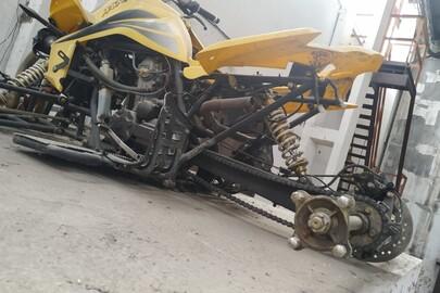 """Квадроцикл іноземного виробництва, торгової марки""""JINLING"""", модель не визначено, рік випуску 2011, реєстраційний номерний знак відсутній, кузов № L6BSDNLL1BJ043765, жовтого кольору, некомплектний"""