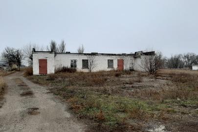 Нежитлова будівля (контора), загальною площею 212,1 кв.м., за адресою: Донецька область, Нікольський район, с. Македонівка, пров. Шкільний, будинок 33А