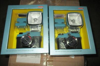 Товари в асортименті (адаптери, датчики тиску, кабель, кріплення, набори термопаст, набори для складання фотоапарата, охолоджувачі, фотоапарати та інше) - 83 шт.