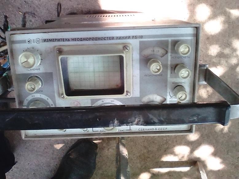 Прилад подачі імпульсних сигналів Р5-10 у кількості 1 шт.