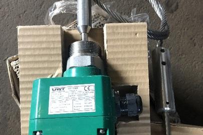 """Ротаційні датчики рівня """"Rotonivo RN3002"""" - 2 шт., прокладки (ущільнювачі силіконові) - 190 шт. та тяги черв'ячні з нержавіючої сталі (в комплекті з 2-ма планками) - 10 шт."""