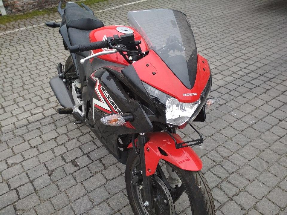 Мотоцикл Honda CBR 150 RG, без д.н., 2017 року випуску, червоного кольору, VIN №МЕ4КС241ВН8008300