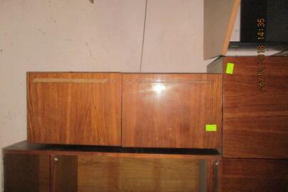 Полиця навісна коричневого кольору на дві дверки